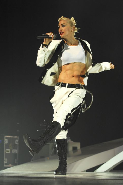 gwen stefani abs. Gwen Stefani#39;s Killer Abs and