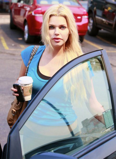 Sophie Monk Gives New Meaning to Sweaty Camel Toe