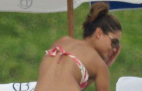 Vanessa Minnillo Sexy Bikini Pictures---Alright, Nick Lachey