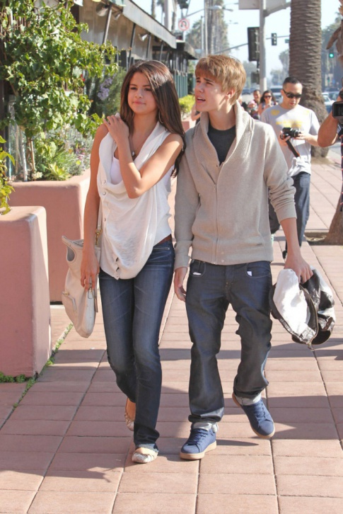 selena gomez and justin bieber together. Selena Gomez And Justin Bieber Together Forever