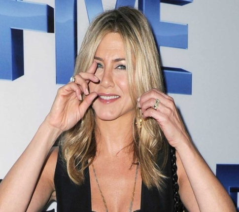 Tuesday TaTa's: Jennifer Aniston