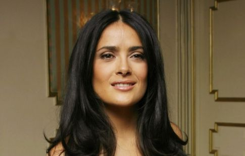 salma hayek pictures breastfeeding. Salma Hayek Breastfeeding: