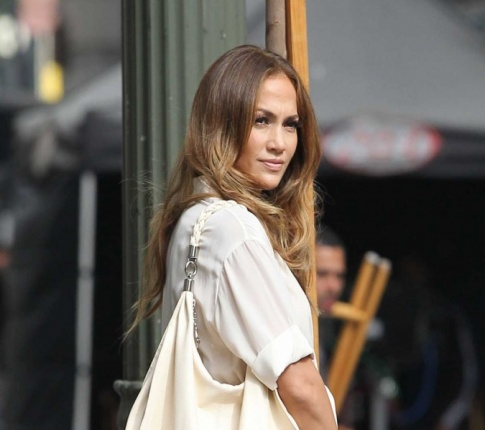 J-Lo Buys her Toy Boy a Truck!